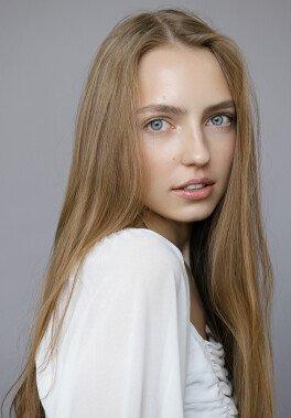 /models/Sophie YOO/_11.jpg