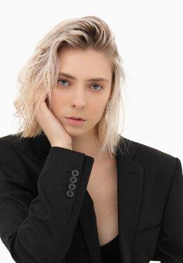 /models/Alina/_40.jpg
